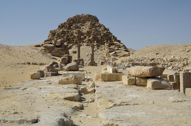Rovine della piramide egiziana immagine stock libera da diritti