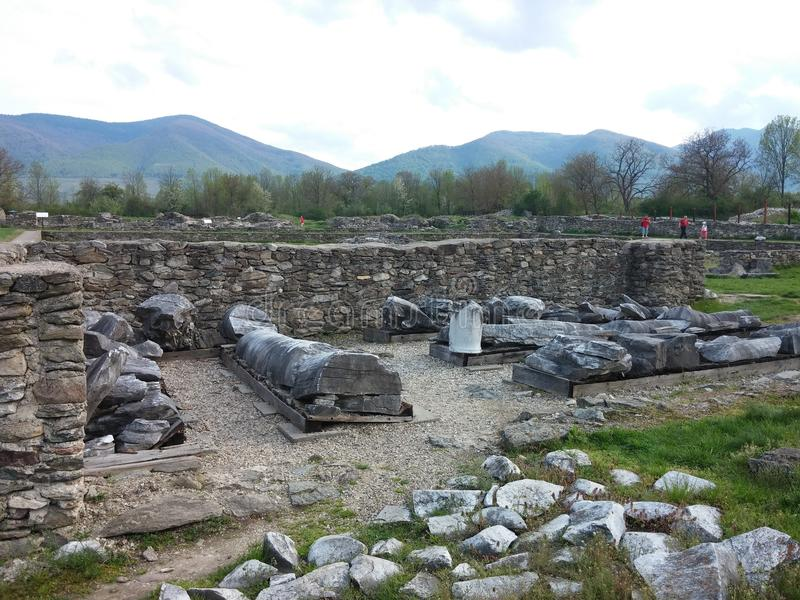 Rovine delle colonne di Sarmisegetusa fotografia stock