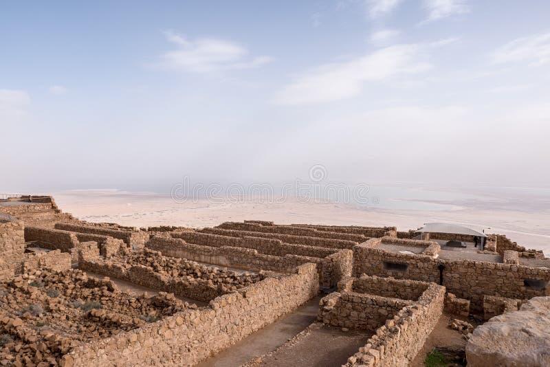 Rovine di Masada e mare guasto immagini stock libere da diritti