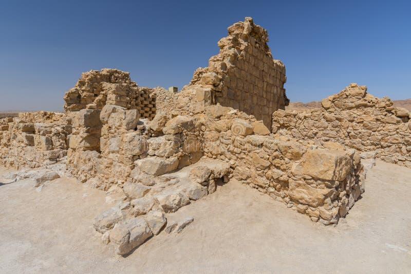 Rovine di Masada di una fortezza antica, deserto di Judean, Israele fotografie stock