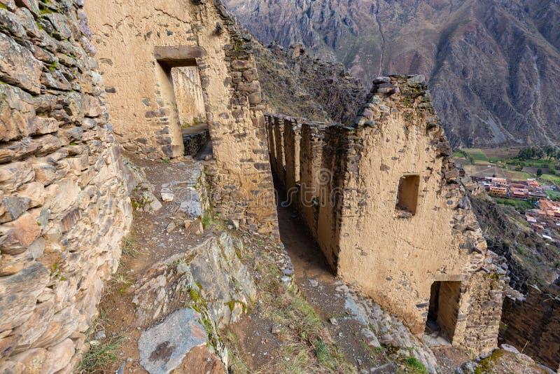 Rovine di Ollantaytambo in Perù fotografia stock