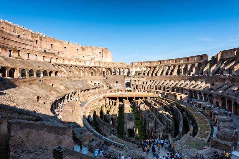 Rovine di tribuna romana Roma, Italia fotografia stock libera da diritti