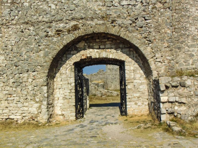 Rovine per il castello di Rozafa, Albania fotografie stock
