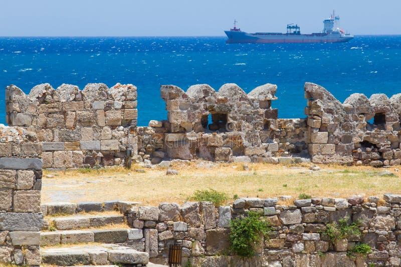 Rovine vecchie di Neratzia, in Kos, la Grecia fotografia stock libera da diritti