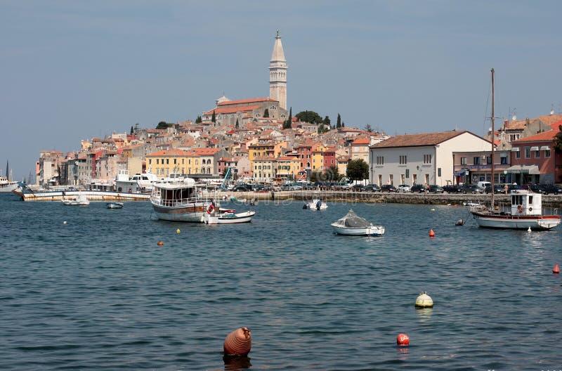 Rovinj gammal stad i Kroatien, Adriatiska havet kust royaltyfria foton