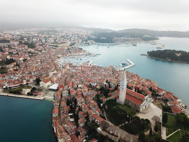 Rovinj Istria gammal stadform luften royaltyfria foton