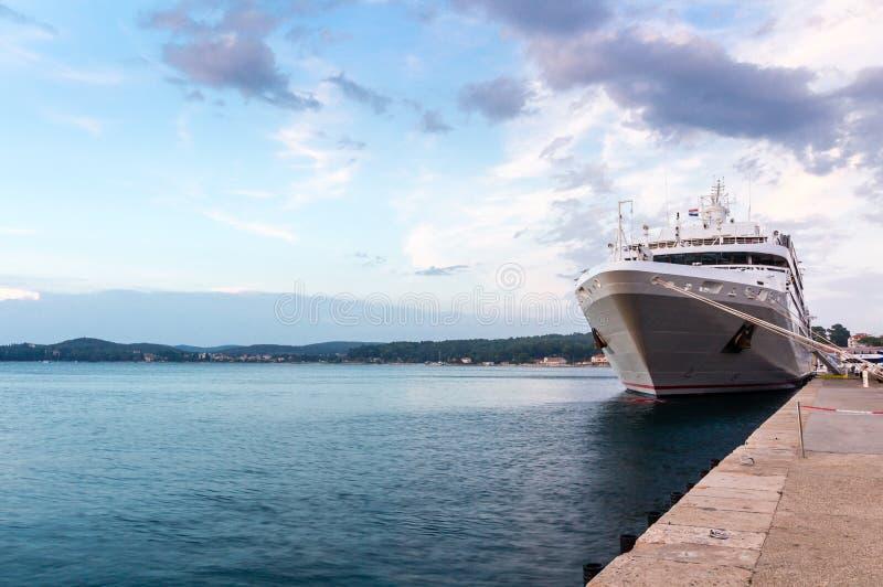 Rovinj romântico é uma cidade na Croácia situada no mar de adriático norte situado na costa ocidental da península de Istrian fotografia de stock