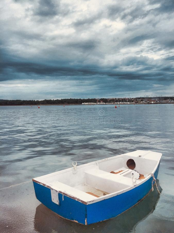 rowboat stock foto's