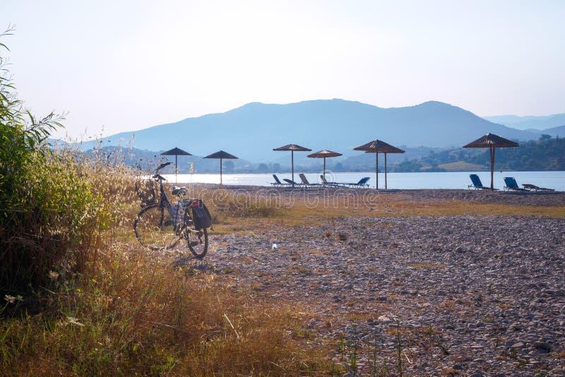 Rower na plaży obrazy royalty free