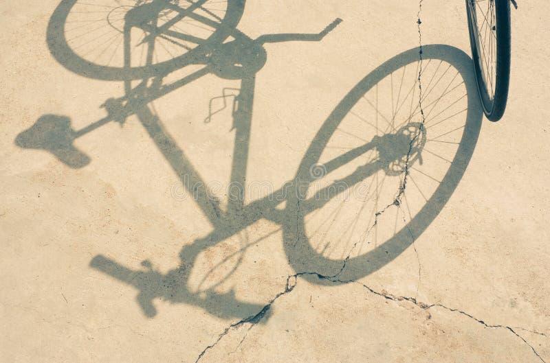 Rowerowy koło i cień fotografia stock