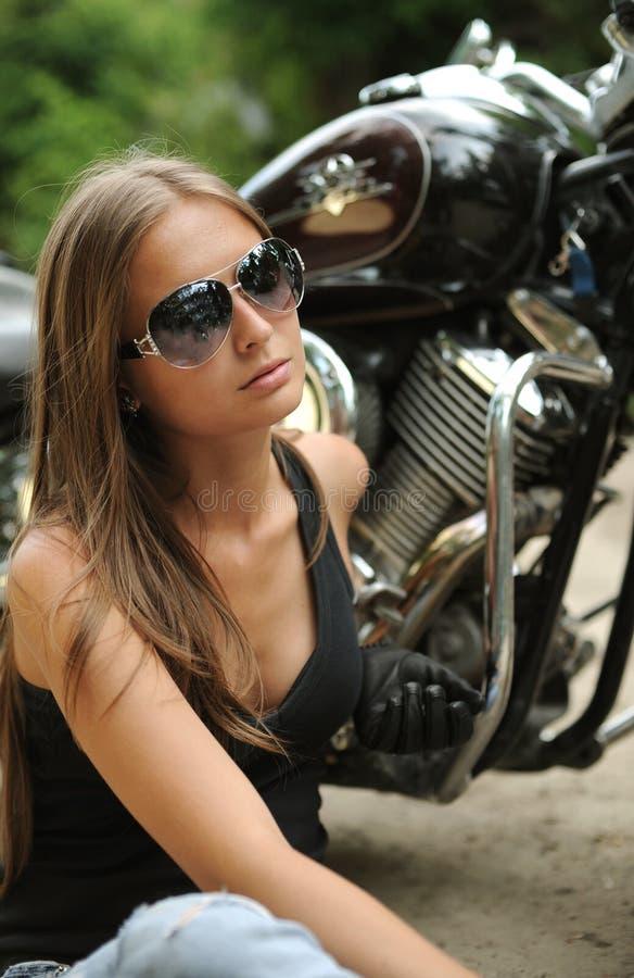 rowerzysta dziewczyna zdjęcia royalty free