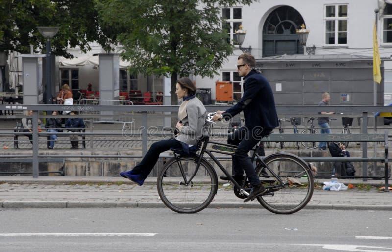 ROWERZYSTA W KOPENHAGA obrazy royalty free
