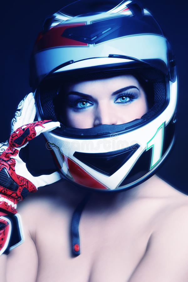 Download Rowerzysty Hełma Kobieta Fotografia Stock - Obraz: 22718052