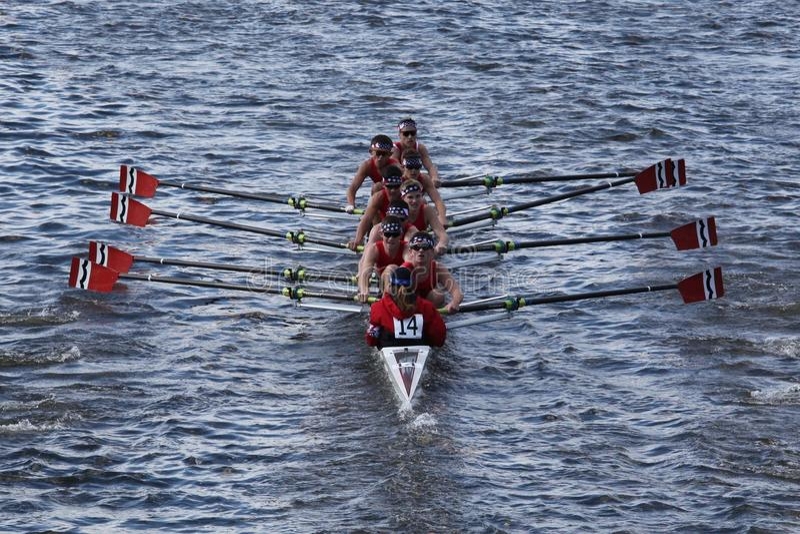 Rowing Inc общины участвует в гонке в головке Charles стоковое фото