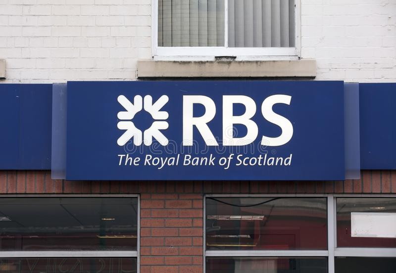 Royal Bank von Schottland unterzeichnen auf der Hautpstra?e - Scunthorpe, Lincolnshire, Vereinigtes K?nigreich - 23. Januar 2018 lizenzfreie stockfotos