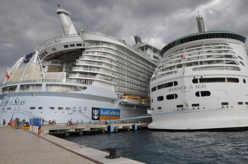 Download Royal Caribbean's Allure Of The Seas & Mariner Of The Seas Editorial Photo - Image: 34191026