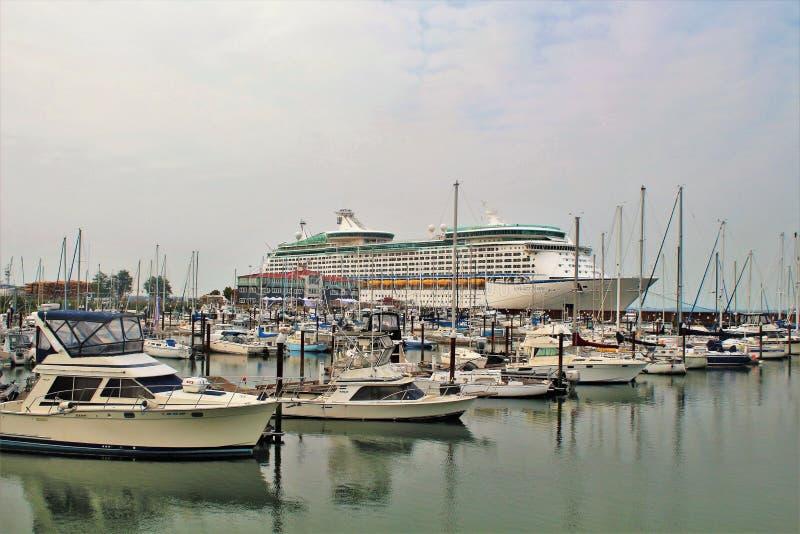 Astoria, Oregon, 9/16/2018, Royal Caribbean`s Explorer of the Seas cruise ship docked in Astoria stock photos