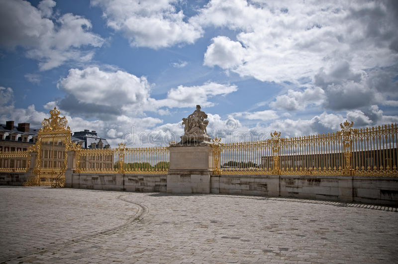 Download Royal gate stock photo. Image of fence, gate, trianon - 26839614