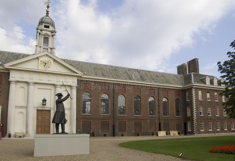 Royal Hospital, Chelsea. Facade of the Royal Hospital for retired soldiers in Chelsea, London. Designed by Sir Christopher Wren and completed in 1692 stock images