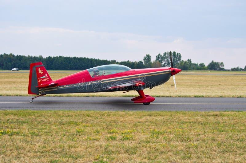 Royal Jordanian Falcons på Radom Airshow, Polen royaltyfri foto