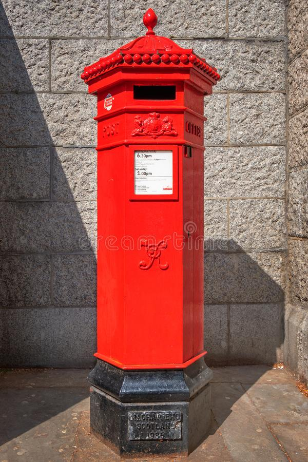 Royal Mail afixa a caixa em Londres fotografia de stock royalty free
