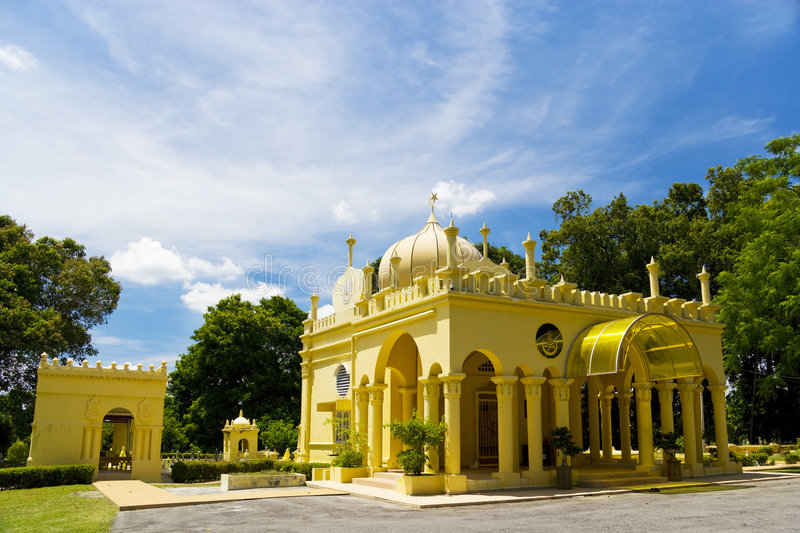Download Royal Mausoleum Of Sultan Abdul Samad, Jugra Stock Image - Image: 9356279