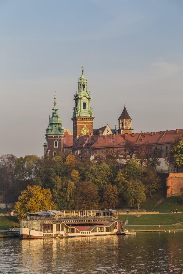 Download Royal Palace στο Hill Wawel Στοκ Εικόνα - εικόνα από αρχιτεκτονικής, μεσαιωνικός: 62719203