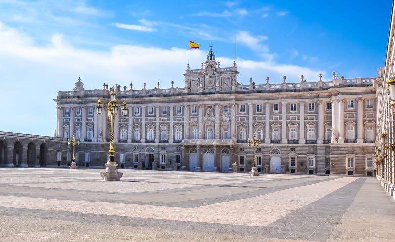 Royal Palace av Madrid, Spanien arkivbilder