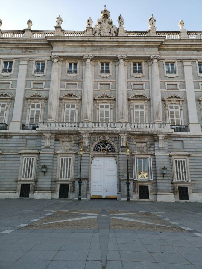 Royal Palace av Madrid, Spanien royaltyfria bilder