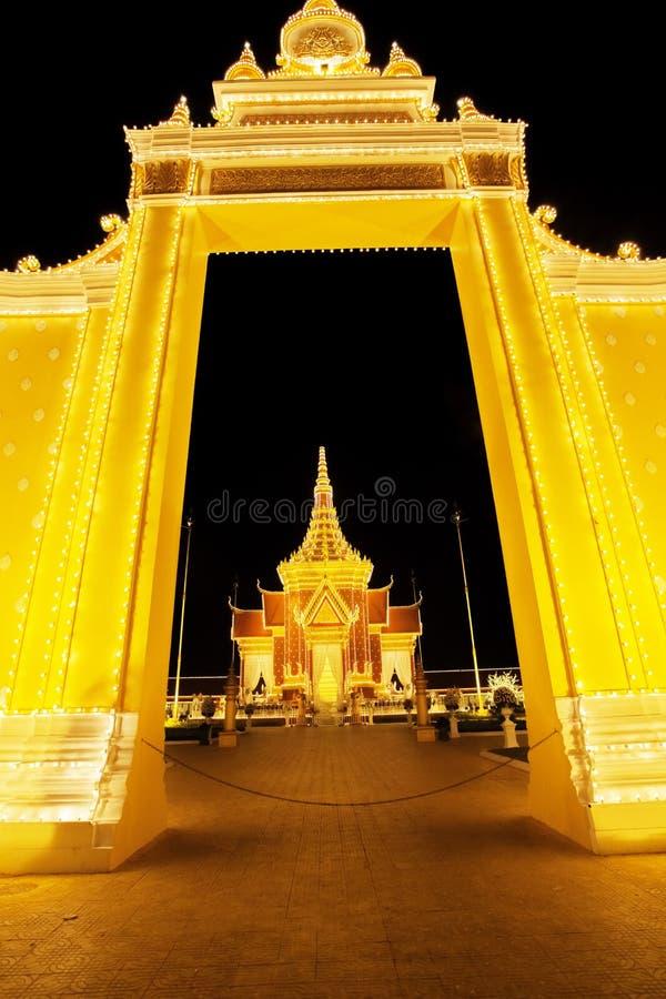 Royal Palace Cambodja på natten, Phnom Penh, Cambodja arkivbilder