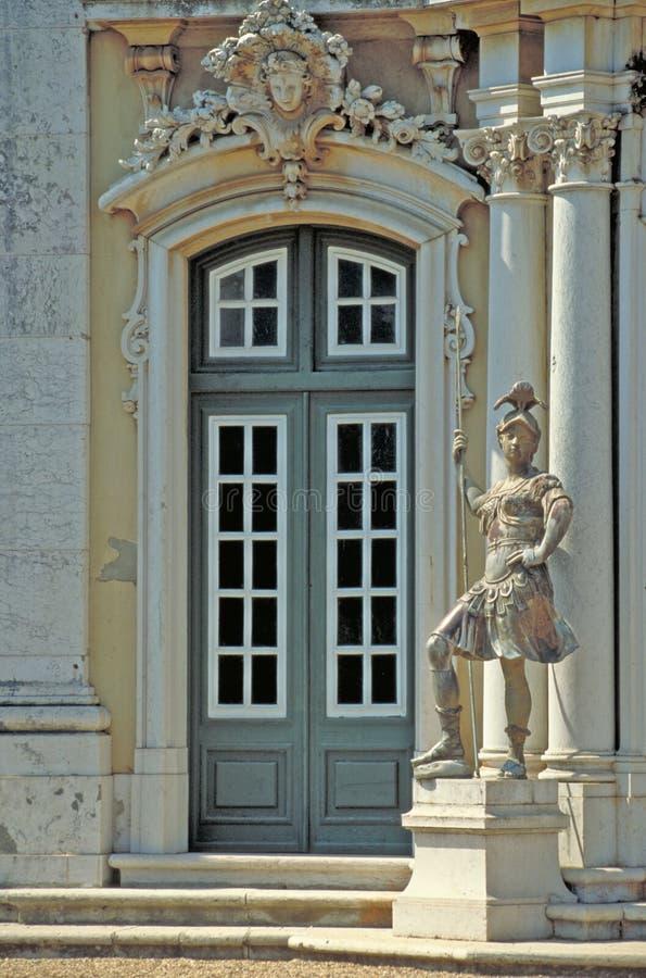 Royal Palace guarda fotografía de archivo libre de regalías