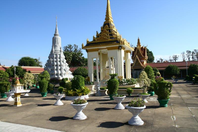 Royal Palace i Phnom Penh Cambodja arkivfoton