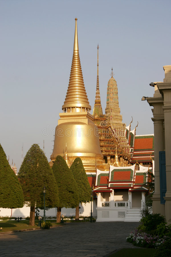 Free Royal Palace In Bangkok Stock Image - 1365451