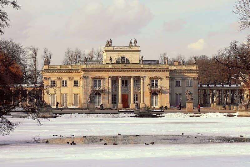 Royal Palace in Lazienki-park royalty-vrije stock fotografie