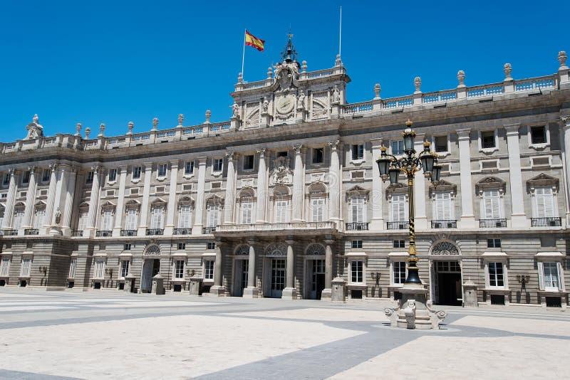 Download Royal Palace Madrid stockbild. Bild von geschichte, gebäude - 26354525