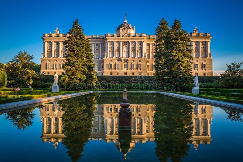 Royal Palace, monumento famoso de la ciudad de Madrid imágenes de archivo libres de regalías