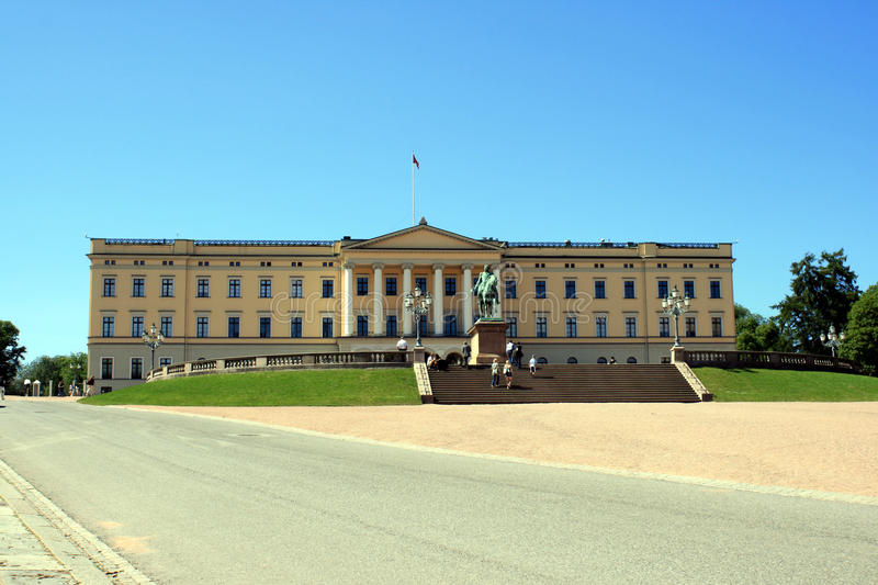 Download The Royal Palace in Oslo stock image. Image of blue, trees - 15003043