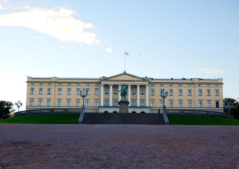 Download Royal Palace, Oslo Norway stock image. Image of monarchy - 16491429
