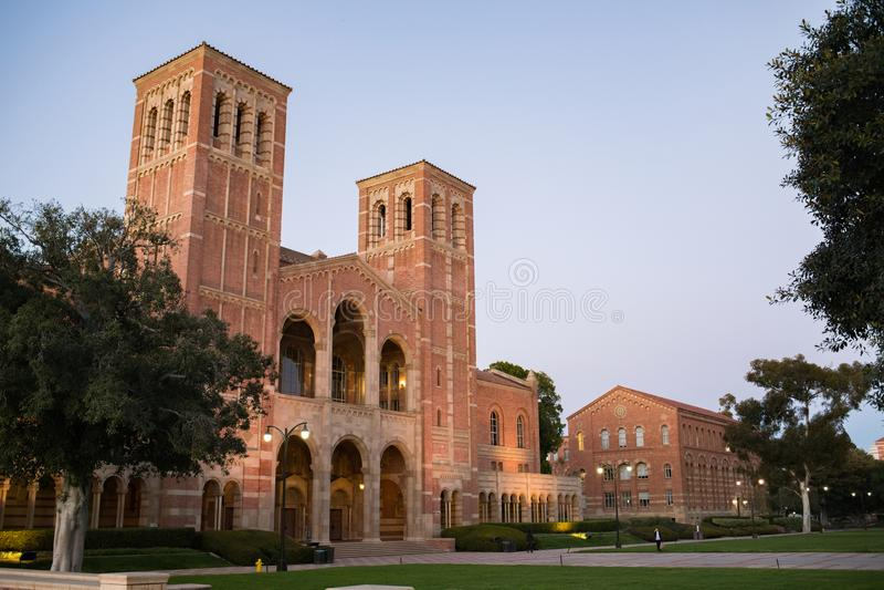 Royce Hall na uniwersytecie kalifornijskim, Los Angeles kampus fotografia stock