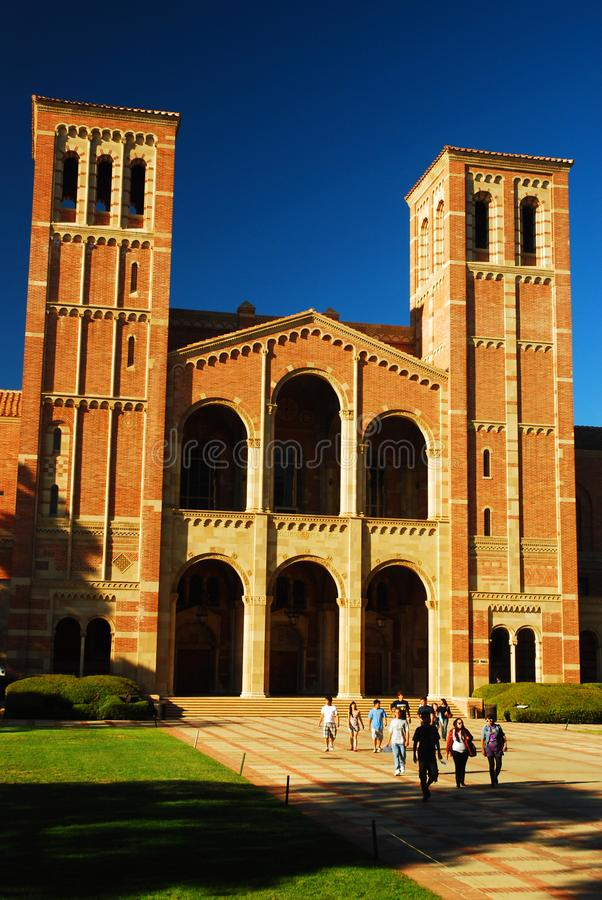 Royce Hall no terreno do UCLA imagens de stock royalty free