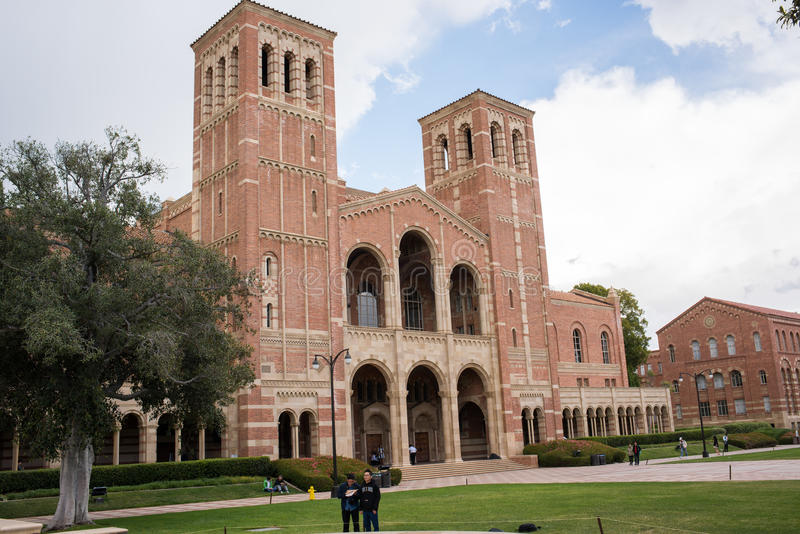 Royce Hall no terreno do UCLA foto de stock