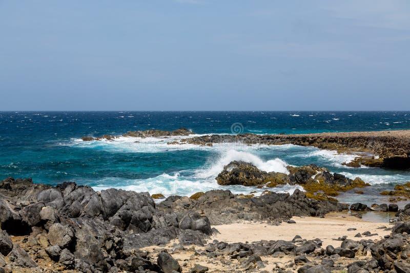 Rozbijać kipiel na Czarnym koralu zdjęcia stock