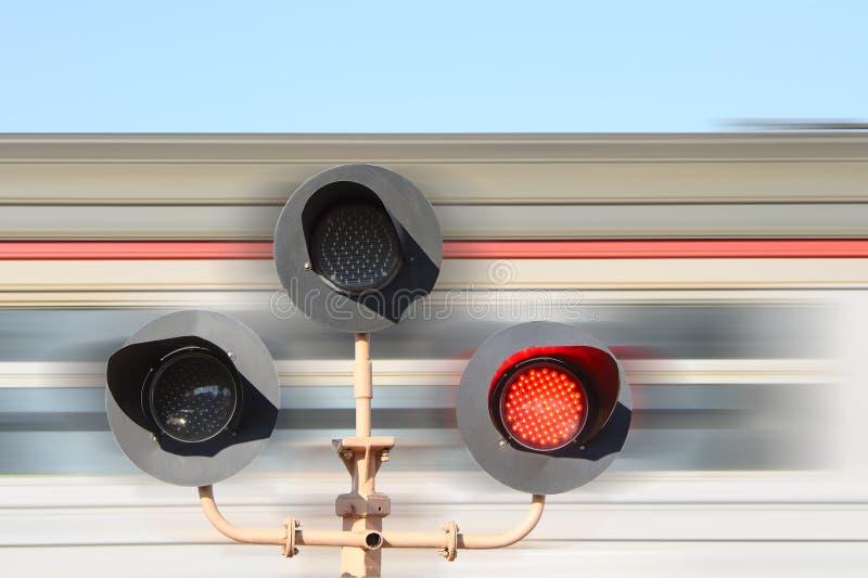 Download Rozblaskowy skrzyżowanie zdjęcie stock. Obraz złożonej z pociąg - 30409672