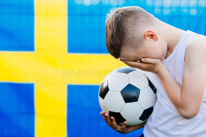 Rozczarowany Szwecja drużyny futbolowej krajowy zwolennik zdjęcia stock