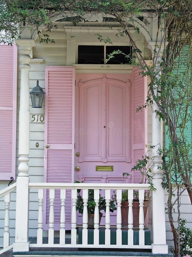 Roze deur royalty-vrije stock fotografie