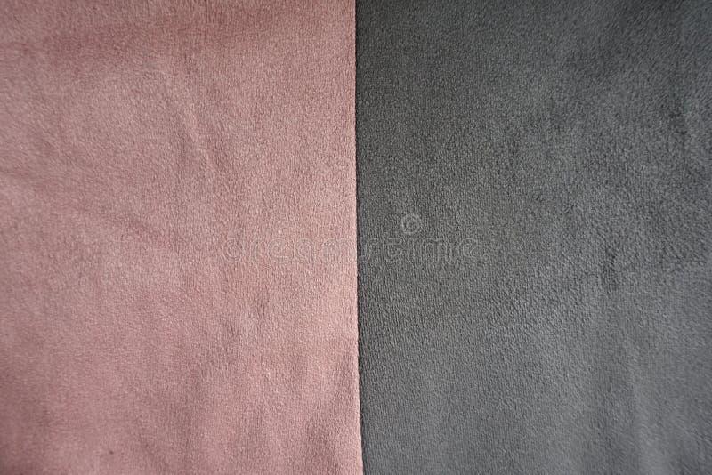 Roze en grijs verticaal samen genaaid suède stock fotografie