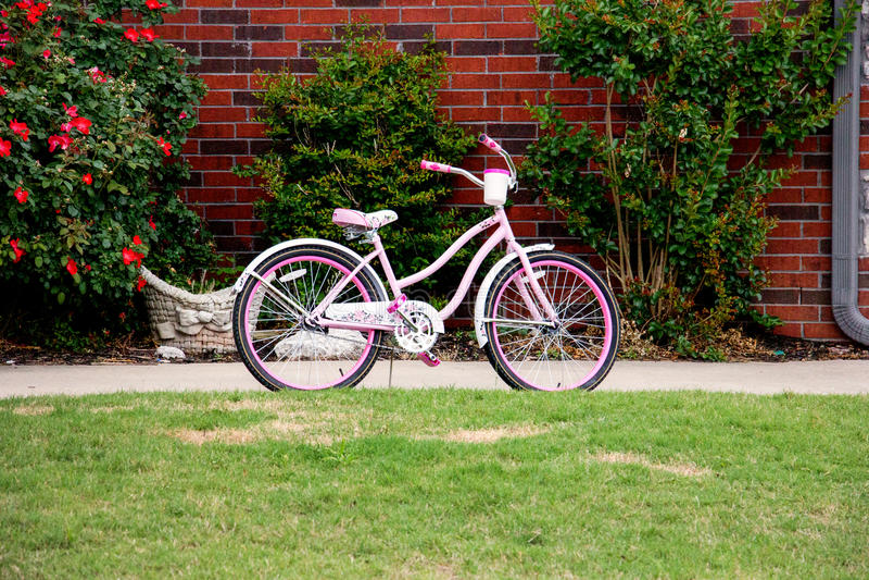 Roze fiets stock foto