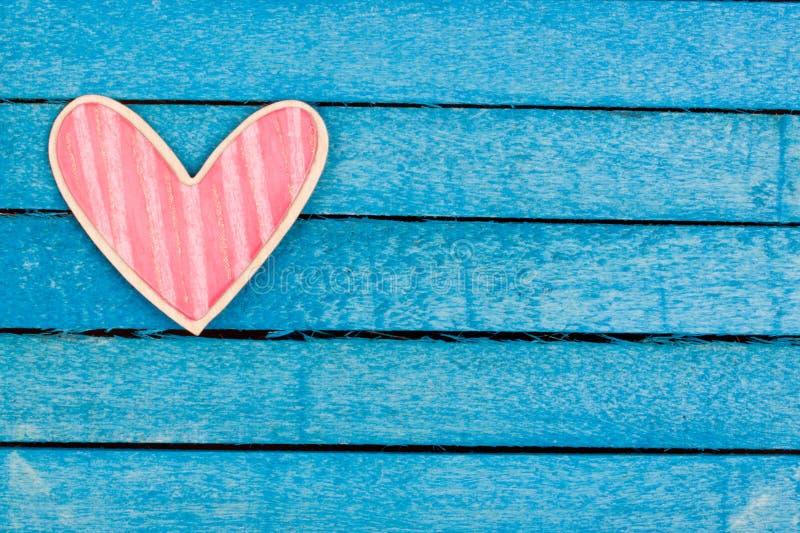Roze houten hart royalty-vrije stock fotografie