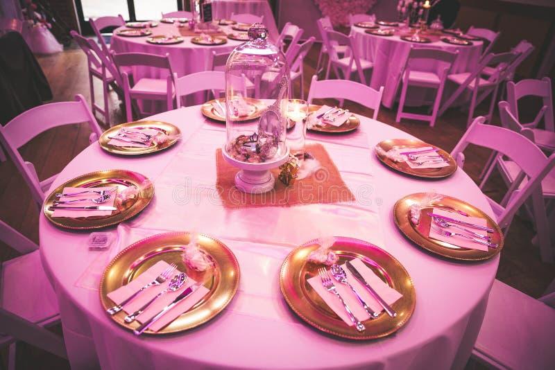Roze Huwelijksdecoratie stock foto's