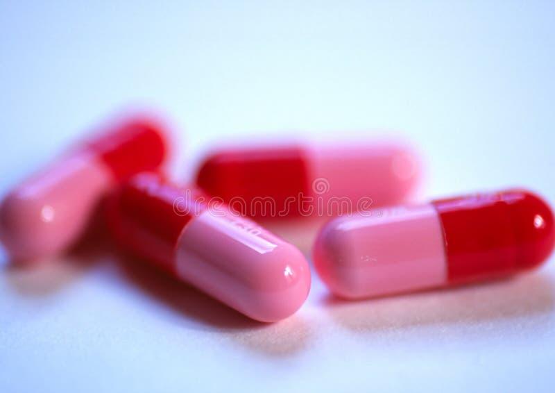 Download Roze Pillen stock afbeelding. Afbeelding bestaande uit zieken - 48563